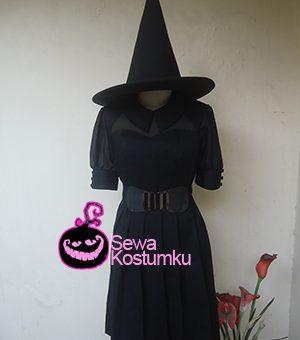Sewa Kostum Penyihir Halloween