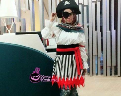Sewa Kostum Sederhana Halloween Bajak Laut